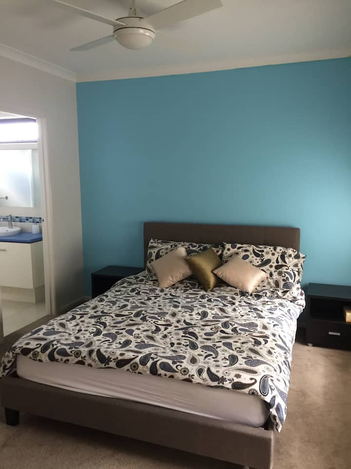 One ensuite for rent in a new home