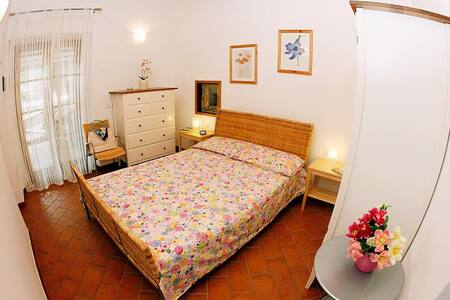 Nice Room 200 mt from the beach
