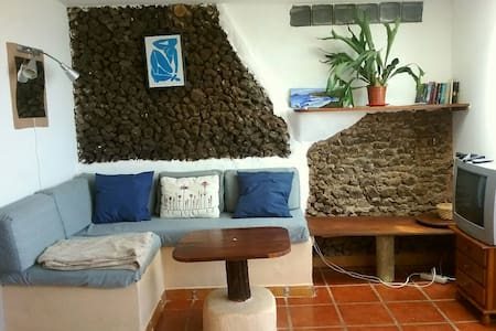 Rustic apartment with sea views - Caleta de Caballo - Pis