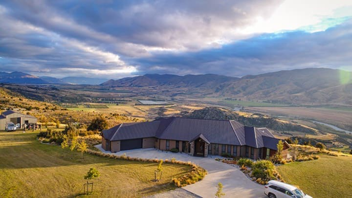 Luxury Lodge near Stunning Wanaka