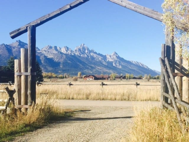 Private Cabins with Teton Views. Enjoy Eclipse. - Jackson - Cabin