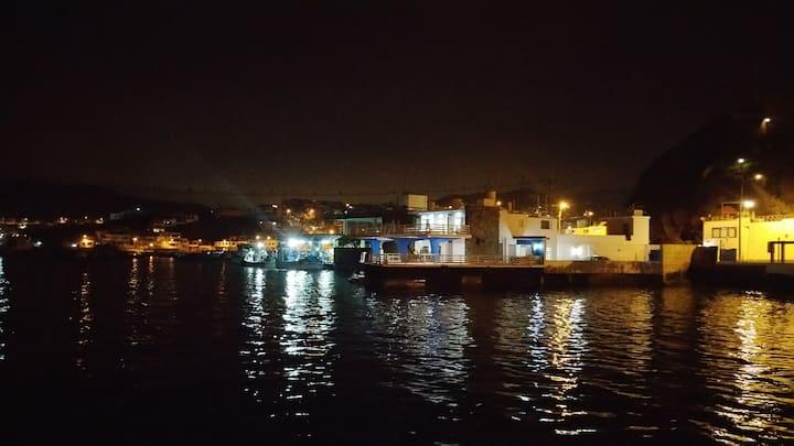 Habitaciones en bahía de Pucusana
