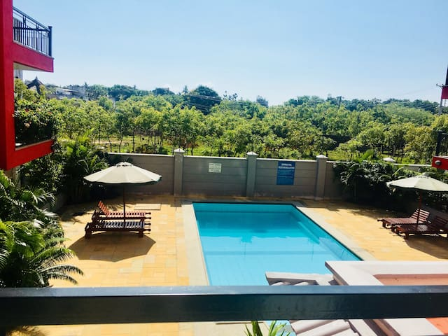 Two bedroom apartment with pool and ocean view