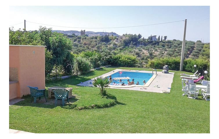 Holiday cottage with 2 bedrooms on 85 m² in Santa Flavia