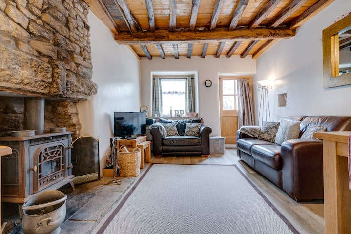 Penny Post Cottage - Close to the Lake District
