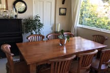 Dining table seating for 8