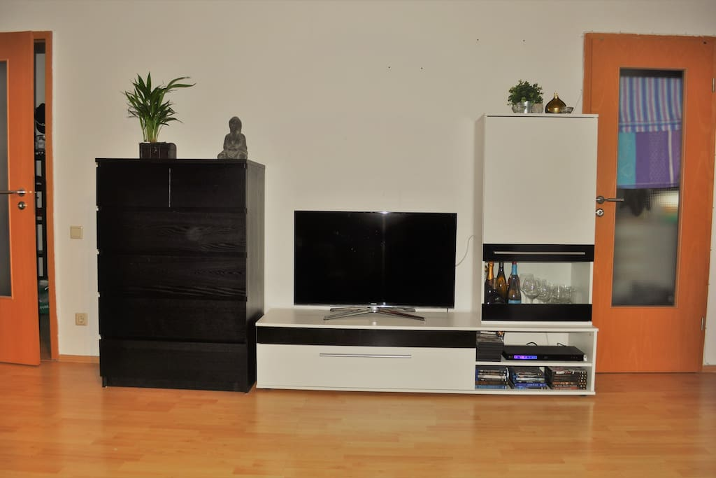Tv & Sideboard