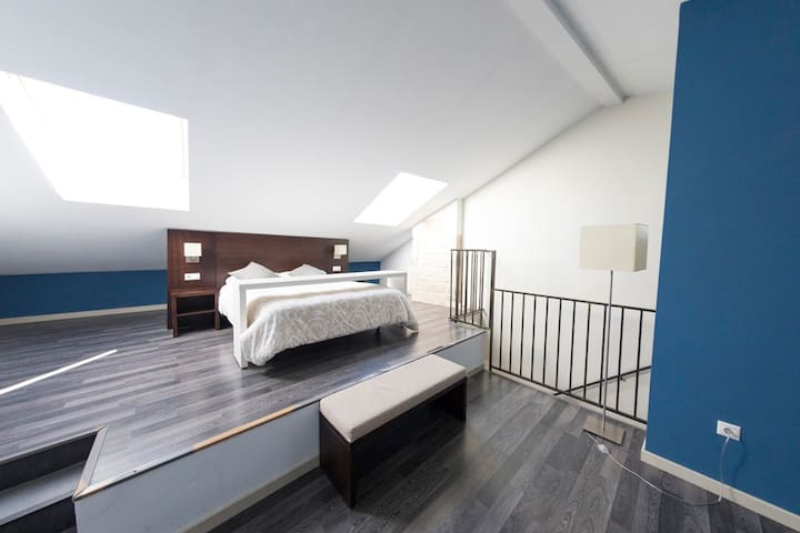 Apartamento 3 dormit. SOL DE MAYO Parking Gratis