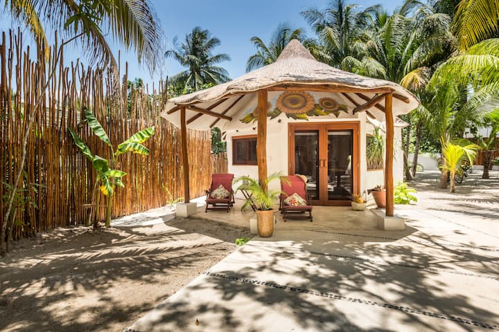 Casa Mariposa ( Sunflower), Isla Holbox