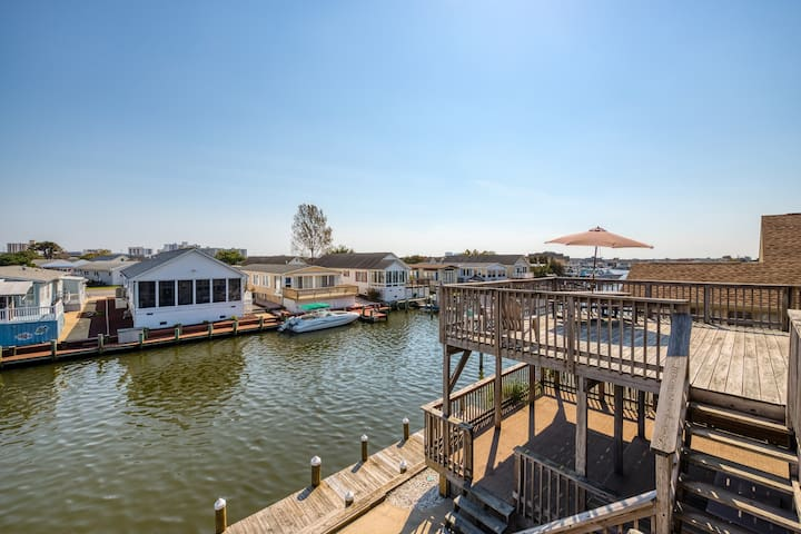 NEW LISTING! Waterfront home w/ a dock & two decks- walk to the ocean beach!