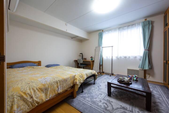 広いお部屋なので、友人同士でも泊まれます。