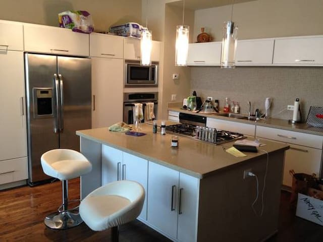 Cozy furnished 1bed Apartment - Akasia - Hus