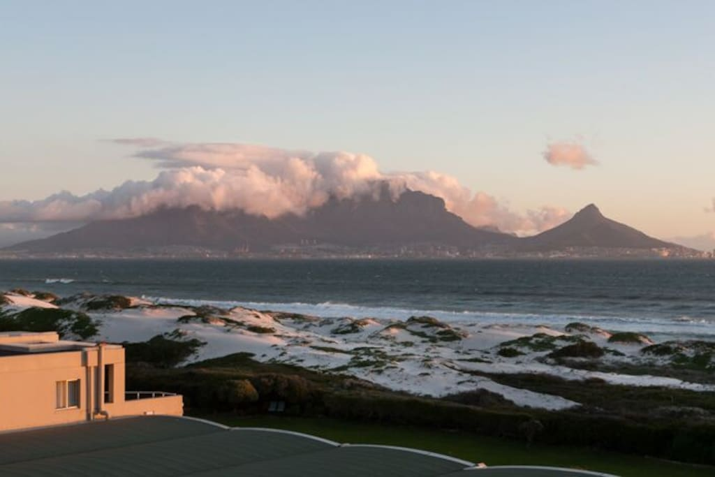 Uninterrupted views of table mountain