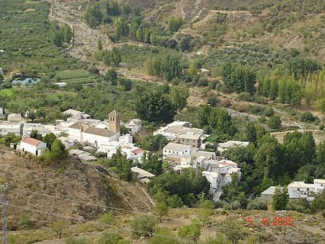 Peace and Tranquility in Las Alpujarras - Yator - Hus