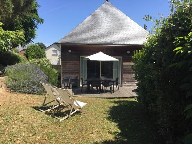 Maison familiale / 400m plage / centre Saint Cast.