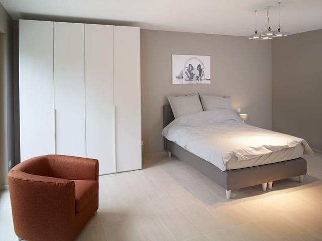New fully equip. apartment in Luxembourg-City #146