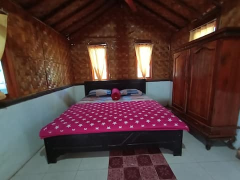 Self-contained Bungalow - Red Beach Homestay