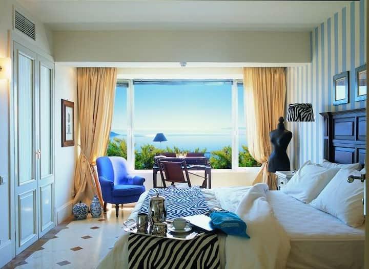 R840  Two Bedroom Executive Spa Villa Private Heated Pool & Sea View Free Half Board