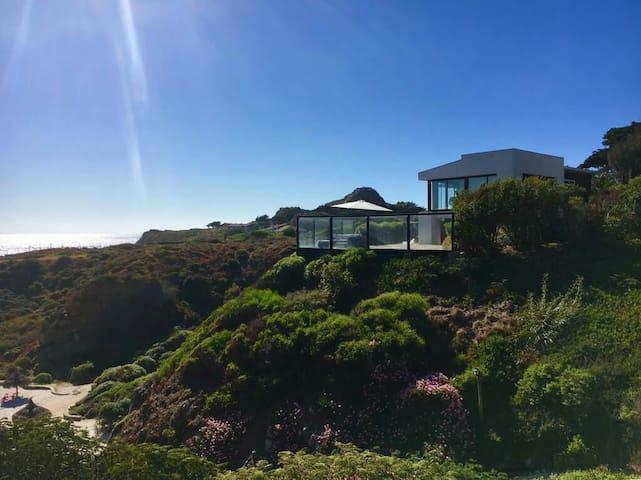 Casa en la playa (entre Pichidangui y Los Vilos)