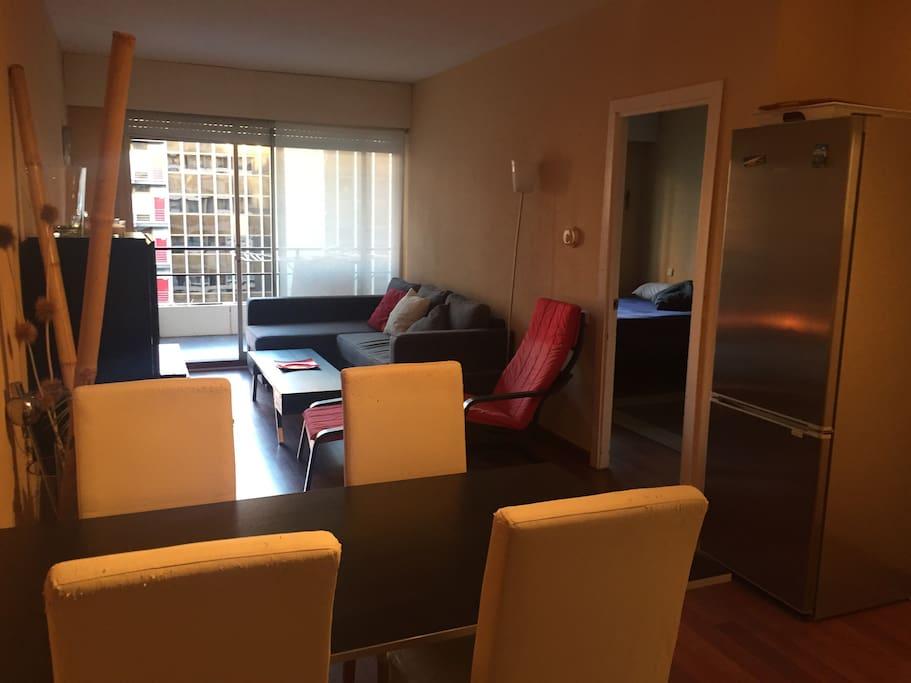 Apartamento con piscina en madrid apartments for rent in for Restaurantes con piscina en comunidad de madrid