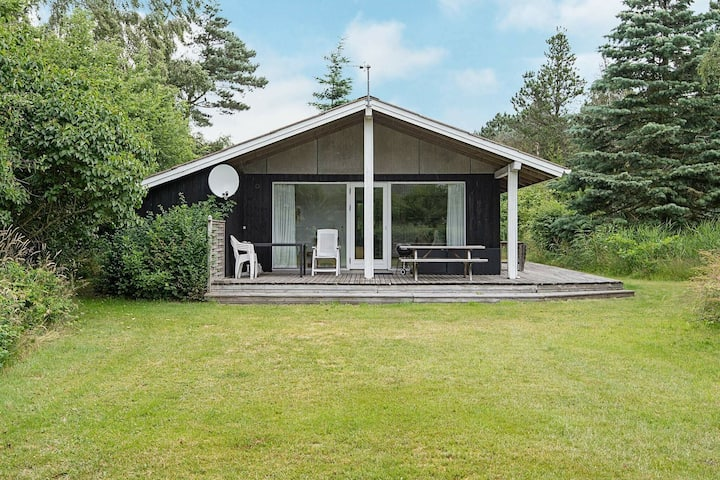 Comfortable Holiday Home in Ebeltoft with Sauna
