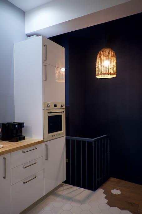 appartement cosy hyper centre de lyon appartamenti serviti in affitto a lione rodano alpi. Black Bedroom Furniture Sets. Home Design Ideas