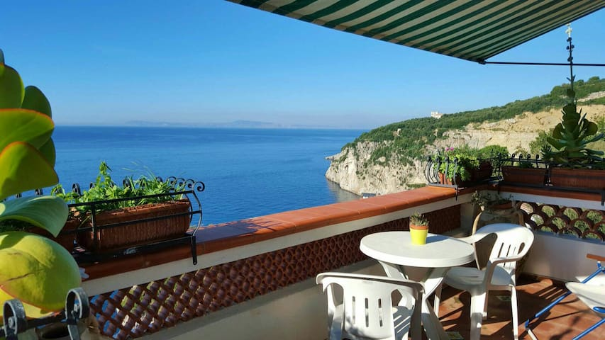 Private beach villa del tramonto - sorrento - Apartment
