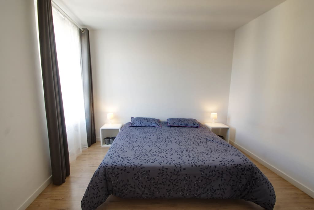 Spacious bedroom with a king size bed (or 2 single beds at your convenience).