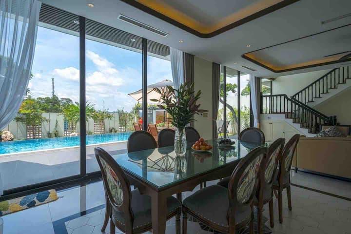 Bay Villa Ha Long - My home makes your vacation