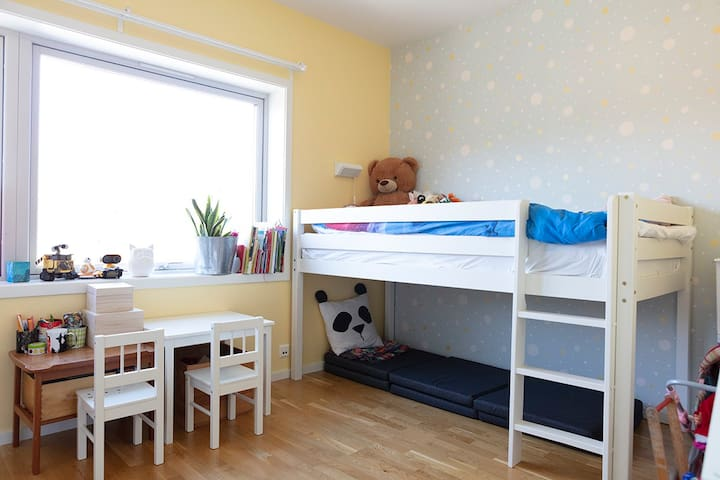 Kid's bedroom with spare mattress