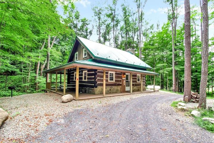 Cherry Grove Cabin; Rustic Log Cabin