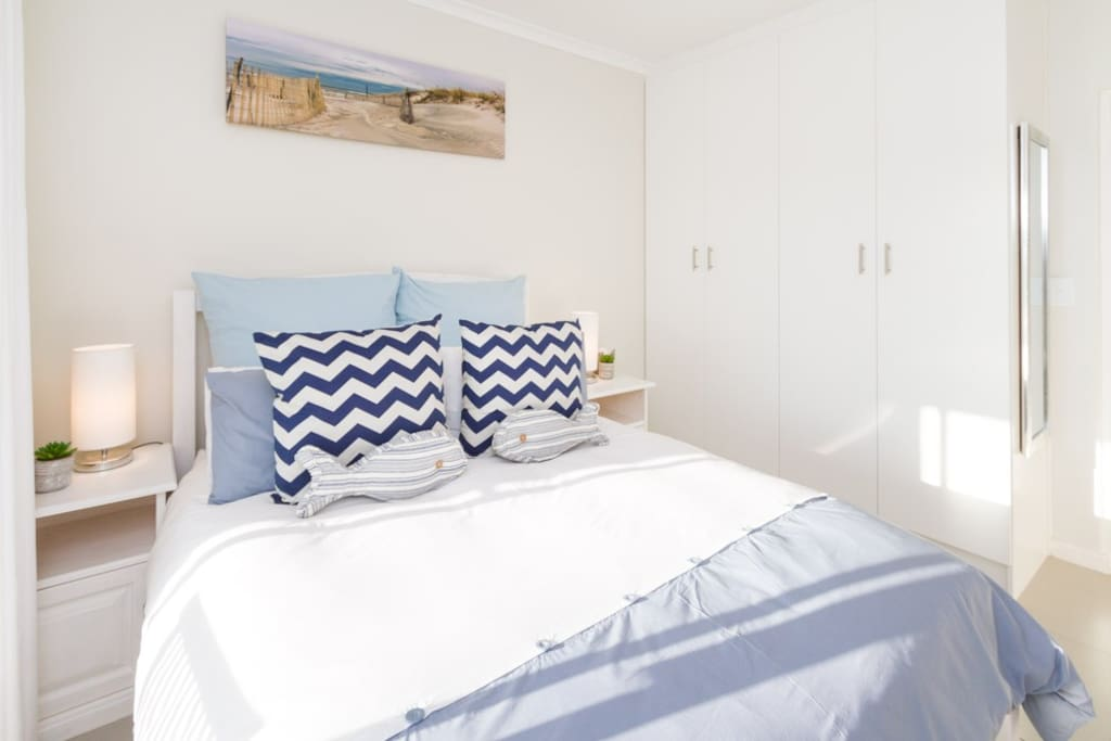 Small boutique complex. Comfortable living area. Partial Sea Views. Modern bedrooms.