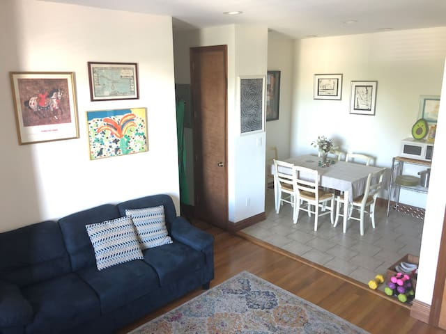 Cozy Park Slope BR with easy access NY's charm