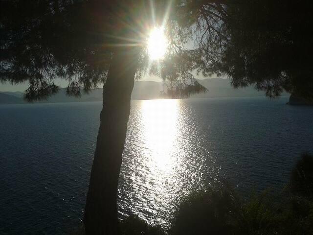 Τhe Arvanitia Beach very close to the old city with fantastic sunset and bar-restaurant!