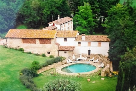 Farmhouse in an old watermill in the Chianti hills
