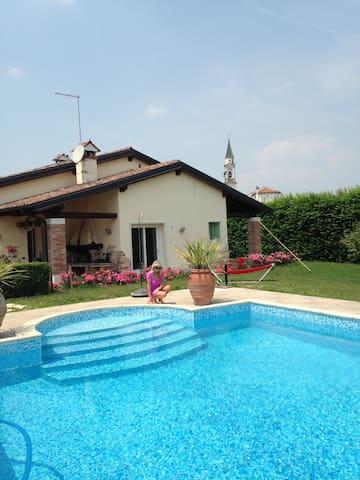 Dependence indipendente di villa di campagna - Gazzo - Casa