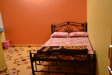 Budget stay : DOUBLE BED  STUDIO in BHILAR - Apartamento