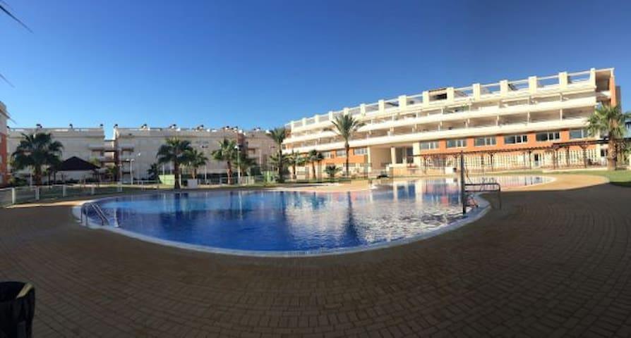 Loue appartement en bord de mer - Almenara