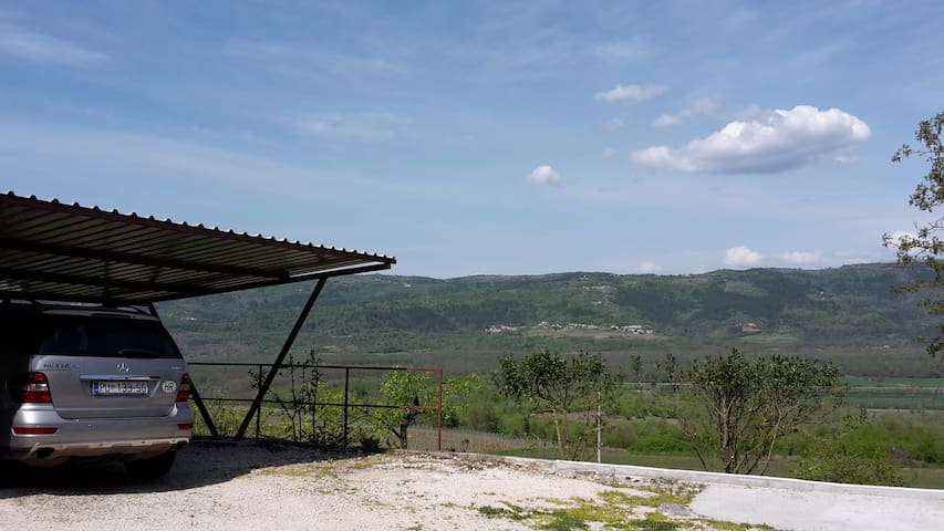 Beautiful appartment in Motovun - Brkač - Appartement