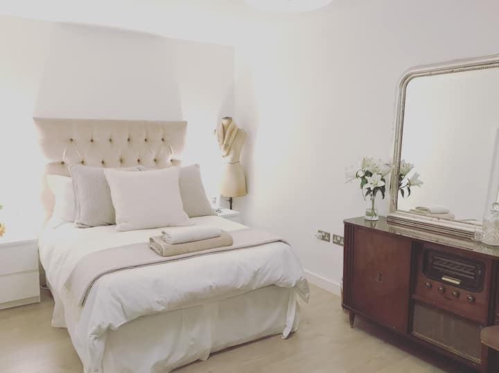 Beautiful double in Central London