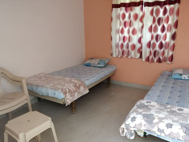 Comfortable Homestay (BreackFast Included)