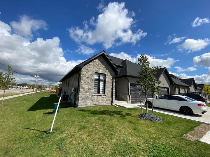 Modern and New, Estate Community Bungalow