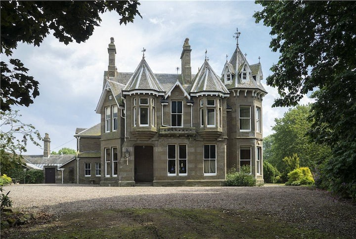 Ravensby Hall, Carnoustie