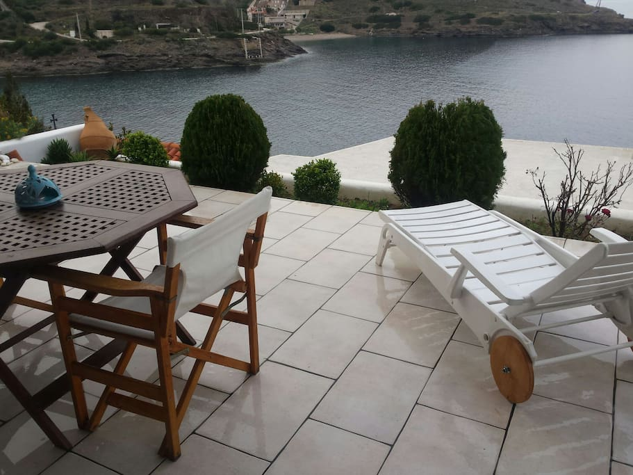 Wonderful house in front of the sea side pensione in for Case in stile costiero