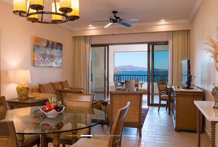 Luxury 2 Bedroom Suite on Loreto Beach Resort