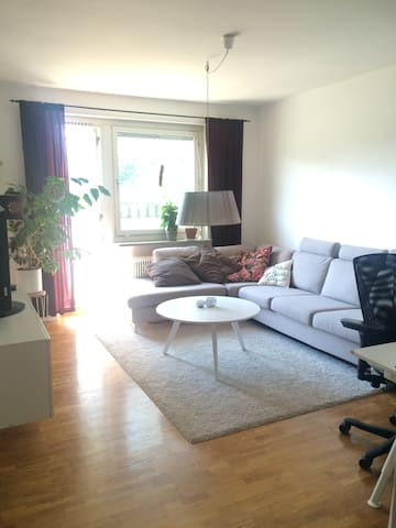1 bedroom apartment near city and nature - Stockholm - Appartement
