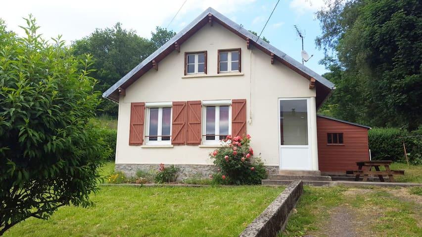 Maison proche LE MONT-DORE 4pers **
