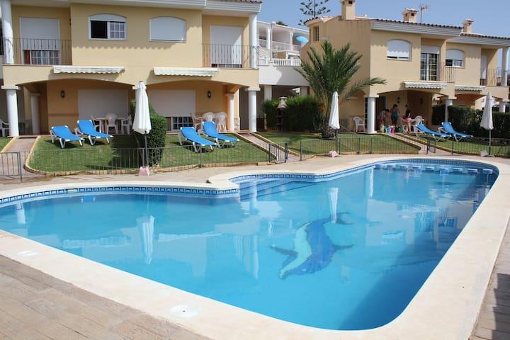 Alquiler Villas de lujo con piscina en Peñíscola