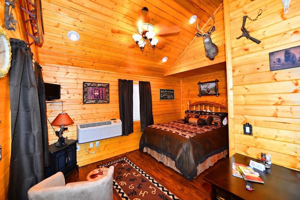 Antler`s Crossing 4 Mountain Cabin - Cozy Cabins Real Estate, LLC
