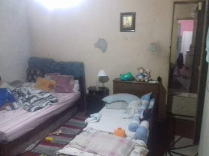 Casa Vila Maria p/ 6 pessoas Simples